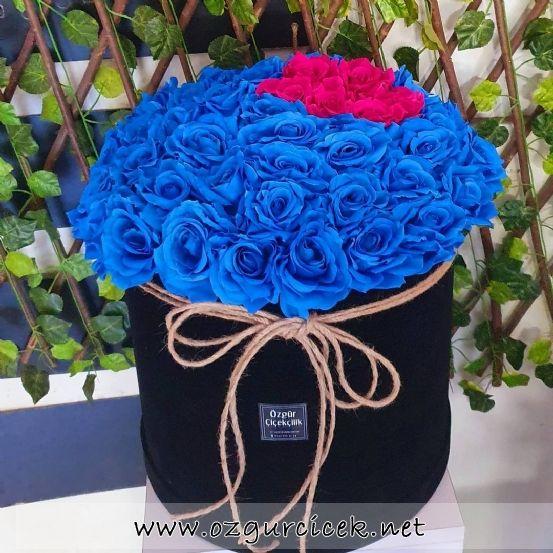 Kutuda Yapay Mavi Güller Büyük Boy