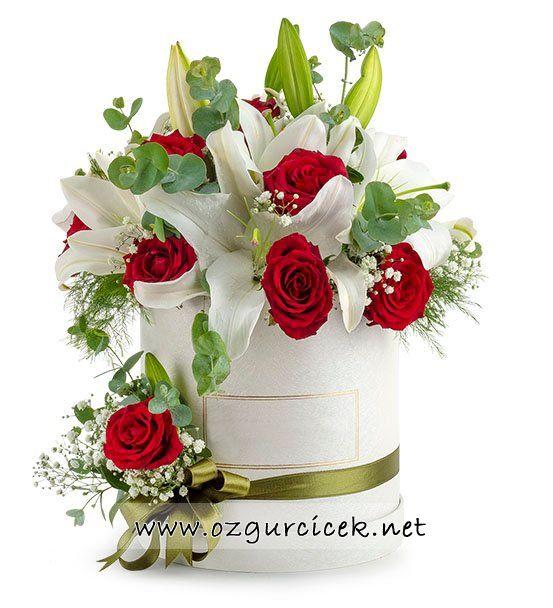 Kutuda Sevgi Bahçesi Lilyum ve Güller